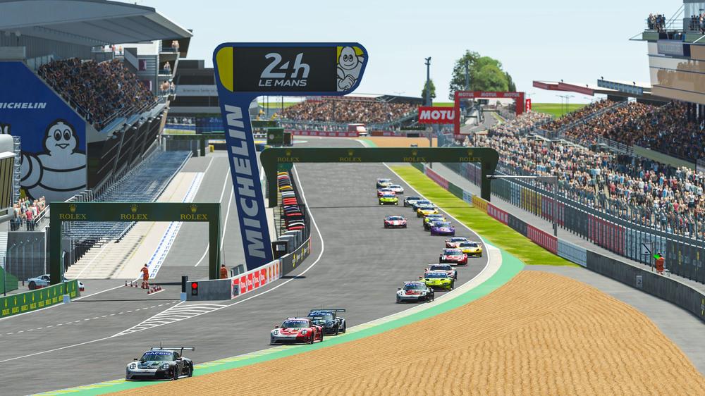 In plaats van de echte 24-uursrace van Le Mans werd dit weekeinde een virtuele versie verreden (Foto: Porsche AG/Jürgen Tap)