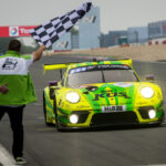 Manthey-Porsche wint kortste 24 Uur Nürburgring ooit